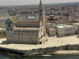 Easy Driver – Il programma di Rai 1 sabato a Castel del Monte, Andria e Trani
