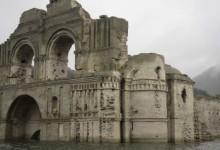 Il Tempio di Quechula in Messico riemerge dalle acque a causa di una forte siccità