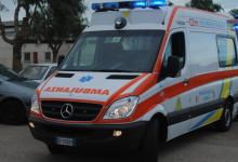 Andria – Scontro tra auto e volante di Polizia durante inseguimento: tre feriti