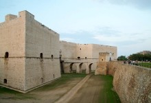 Barletta – Un avviso pubblico per la concessione del fossato del castello