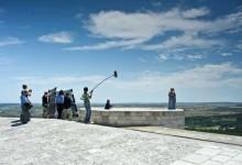 """Andria – Ordinanza di chiusura al traffico della Sp8 """"di Castel del Monte"""" dal 20 al 23 aprile"""