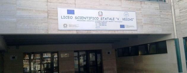 Trani – Liceo Scientifico: teatro e sport per la festa di fine anno