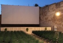 """Bisceglie – Un minuto di silenzio prima del film di """"Cinema sotto le stelle"""""""