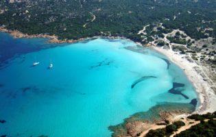 Ferie di Agosto: tutti pazzi per il Mare Italia