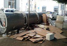 Trani – Cartoni abbandonati per strada, sette sanzioni negli ultimi giorni