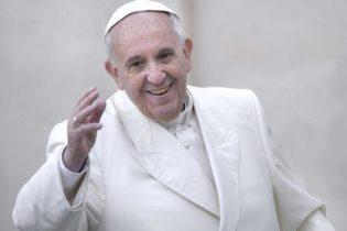 Pasqua – Papa Francesco: 'Il denaro non è senso della vita'