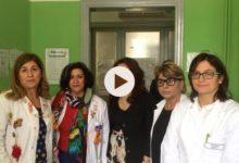 Trani – Il M5S risparmia e dona una sala tv all'ufficio vaccinazioni