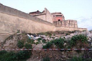 Trani – Crolla solaio: 4 minori feriti, uno è grave. Sequestrata distilleria