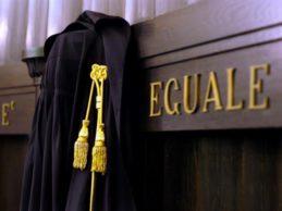 Bari – Sequestrati a giudice beni per  150.000 euro, per danno di immagine