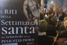 """TRANI – Presentata la brochure """"I riti della Settimana Santa"""""""