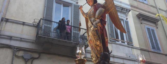 Trani – Festa di san Michele Arcangelo: processione, folklore e fuochi d'artificio