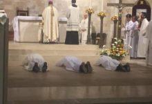 VIDEO. Trani – L'Arcivescovo mons. Pichierri ha ordinato tre diaconi permanenti
