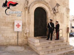 Trani – Individuato il responsabile dell'incendio al portale della chiesa S. Giacomo