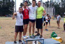 Trani – Francesco Bove vola a mt. 4,50 e veste la maglia di Campione Regionale di salto con l'asta