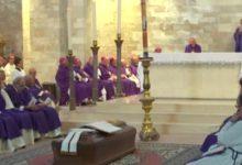 Trani – L'ultimo saluto al vescovo del dialogo interreligioso