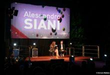 Andria – Alessandro Siani: successo di pubblico tra risate e solidarietà