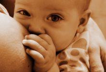 Allattare i figli fa bene. Ulteriori prove dei benefici. Riduce il rischio di sclerosi multipla