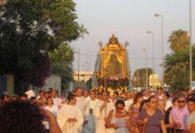 Barletta, divampa la polemica per la sosta della statua della Madonna davanti a Timac e Buzzi