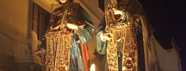 VIDEO. Trani – La solenne processione dei Santi Medici Cosma e Damiano
