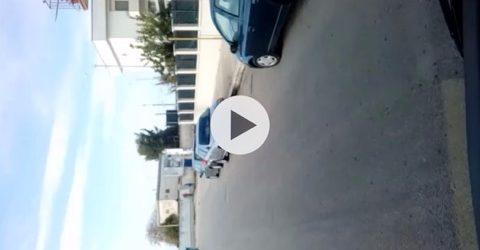 Trani – Ex passaggio a livello via Andria: il VIDEO dei ragazzi che scavalcano il muro