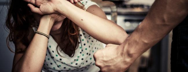 """Puglia – Violenza sulle donne, Turco propone: """" Solidarietà e strutture per le vittime"""""""