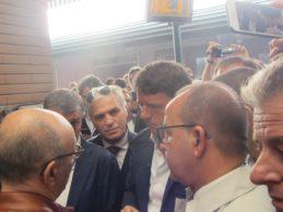 """Arriva a Barletta il treno di Renzi: """"Destinazione Italia"""". Le foto"""