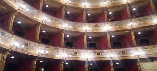 """Barletta – """"LO SCENARIO SVELATO"""" Il Teatro Curci e i suoi segreti"""