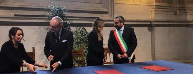 Bisceglie – Firmata convenzione per teatro sul bastione San Martino. VIDEO