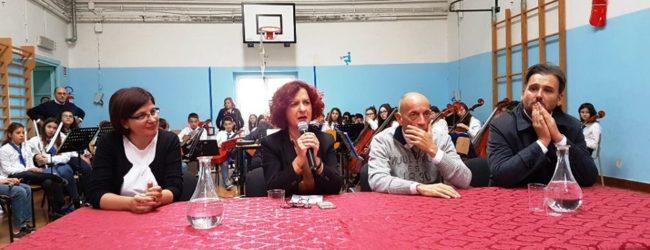 Trani – Scuola G. Rocca: la visita del sottosegretario D'Onghia