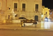 Andria – Dorme su una panchina in piazza al freddo: la storia di Mohamed Nawar