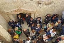"""Canosa – """"La città degli ipogei"""": itinerario tra le tombe daunie e i preziosi corredi funebri"""