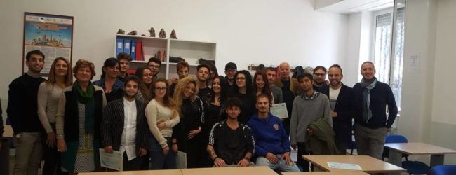 Trani – Opportunità di formazione e lavoro per i giovani. Come parte ...