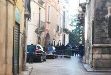 Bitonto – Agguato nel centro storico, 2 feriti, uno è 17enne. Indagini
