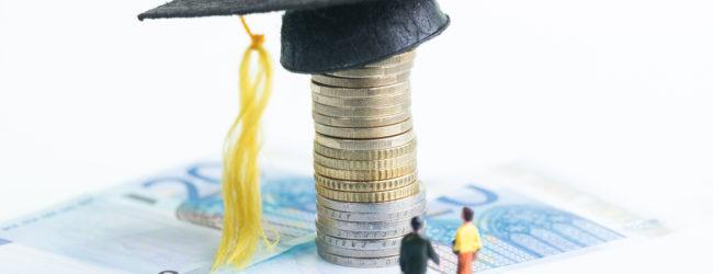 Regione – Approvati i criteri per l'assegnazione di borse di studio agli studenti