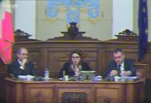 Andria – Consiglio Comunale: intervengono le Forze Pubbliche per sedare urla e spintoni