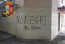 Canosa di Puglia – Scritte razziste sui muri. Denunciato