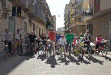 """Bisceglie – Primo maggio in bici, grande successo alla biciclettata di un """"Un passo alla svolta"""""""
