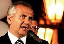 """Trani – Ex assessore De Feudis assolto da accusa di """"doppio lavoro"""""""