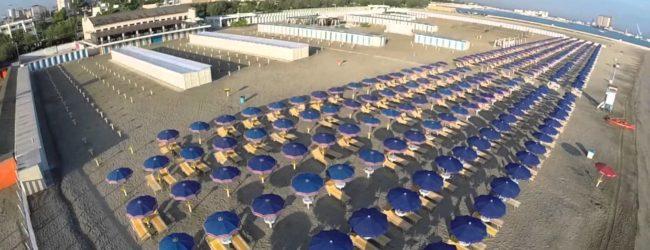 """BARLETTA-MODELLE D' ECCEZIONE PER IL """"FASHION BEACH STYLE"""""""
