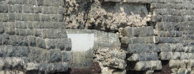 Trani – La precarietà del muraglione  della villa comunale. LE FOTO
