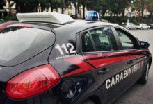 Andria – Tenta di disfarsi di 9 dosi di cocaina lanciandole dal finestrino: arrestato dai Carabinieri pusher 33enne