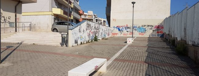 Andria – Degrado urbano: sottopassaggio pedonale in Via Bisceglie. La denuncia dei residenti. FOTO