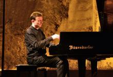 Trani – Piano Lab: domani 6 agosto il russo Ilya Itin apre il trittico di concerti