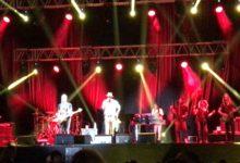 Trani – Sting&Shaggy incantano piazza Duomo. VIDEO