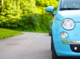 Gli italiani e l'automobile: com'è cambiata in 50 anni tra dimensioni e prezzi