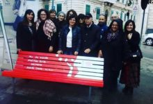 Trani – Una panchina rossa… contro la violenza sulle donne