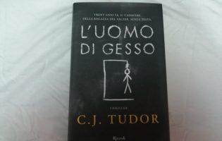 """""""L'uomo di gesso""""diC.J.Tudor"""