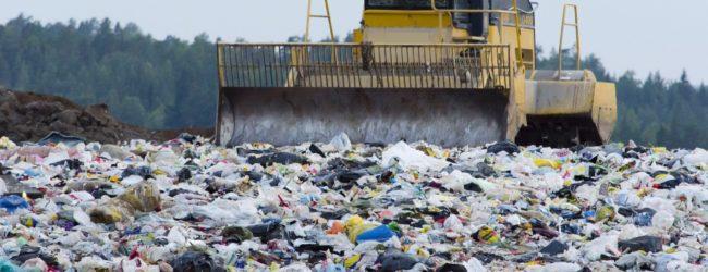 """Canosa – Nuova discarica, accordo tra Regione e Bleu. M5S: """"Si penalizza la comunità per l'incapacità di chiudere il ciclo dei rifiuti"""""""
