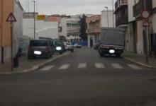 Andria – Via Camaggio: rischio cedimento sede stradale, ma auto e camion transitano ugualmente