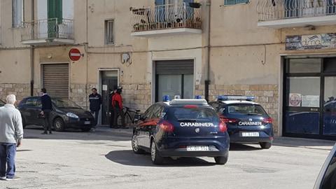 Trani – Striscia la notizia, Brumotti aggredito per una inchiesta scomoda